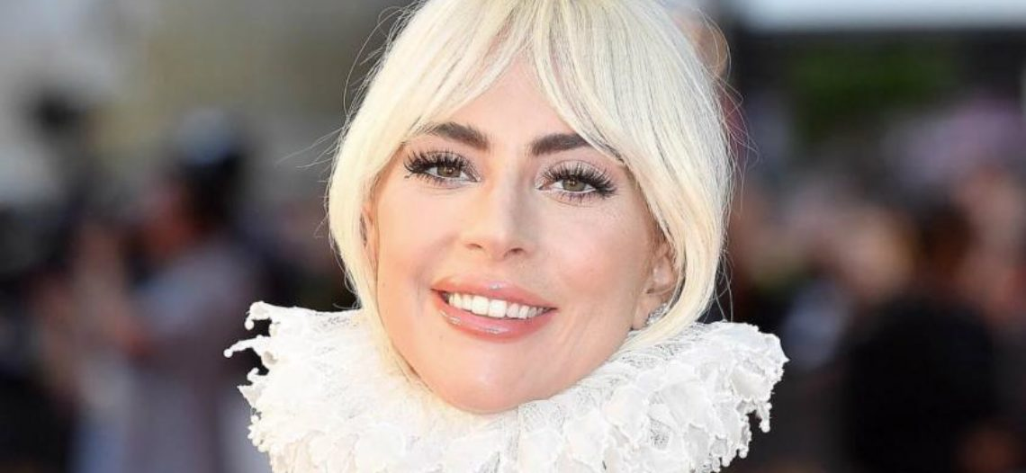 Lady Gaga confirma su compromiso con Christian Carino