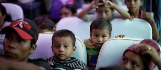 Acaban las elecciones y Trump no vuelve a mencionar a la caravana migrante