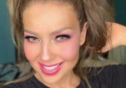 Thalía es criticada por no saber maquillarse