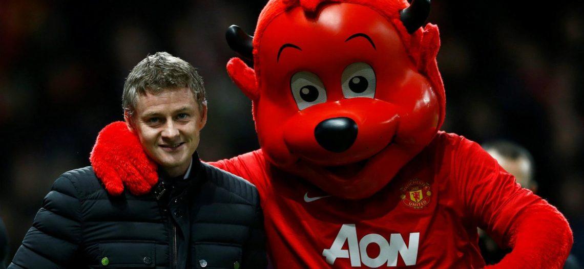 Manchester United contrata a Ole Gunnar Solskjaer como técnico