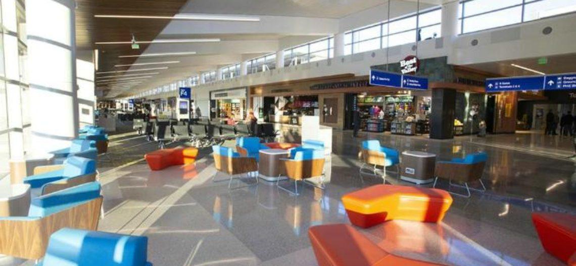 Modernizan Aeropuerto Internacional Phoenix