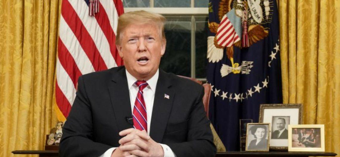 """Discurso de Trump: Ya no es muro, ahora quiere """"barrera"""""""