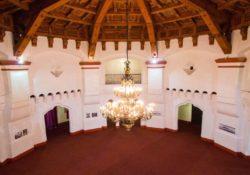 Instala Riviera Ensenada mobiliario histórico en el salón Casino