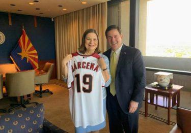 Primera visita oficial de Martha Bárcena