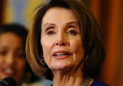"Pelosi dice que Trump ""está pidiendo a gritos"" ser destituido por los demócratas"
