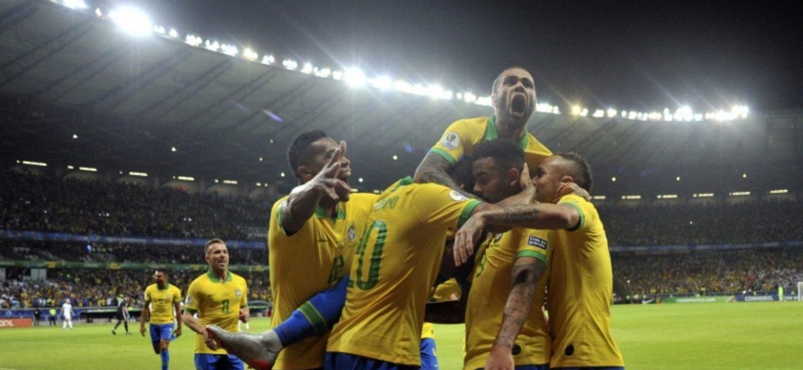 Brasil le gana a Argentina y se convierte en finalista de la Copa América