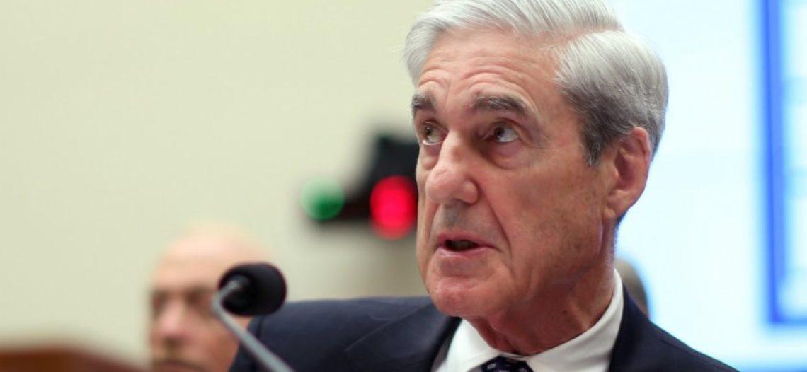 Trump podría ser imputado tras dejar la presidencia: Mueller
