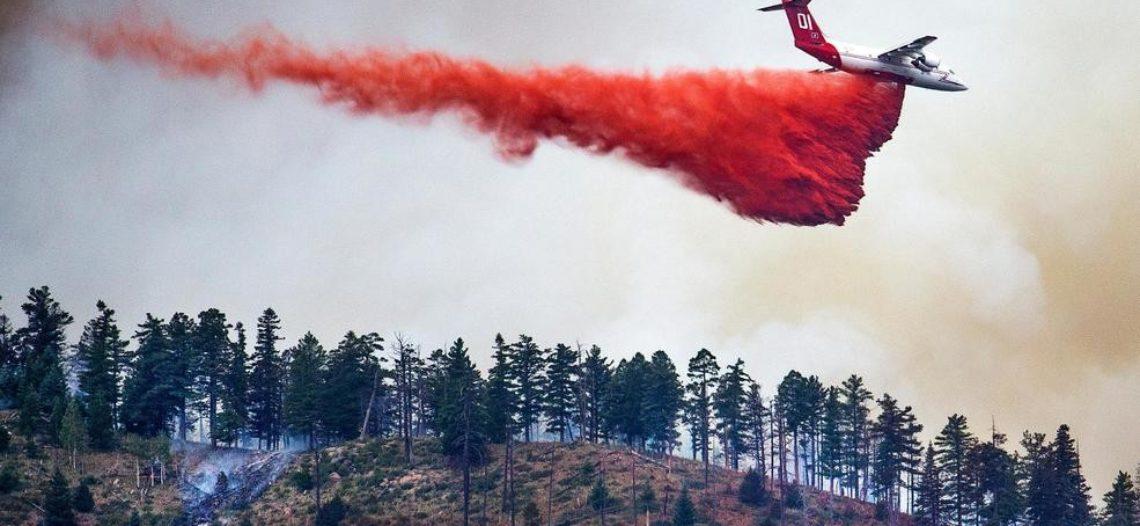 La lluvia ayuda a combatir incendio cerca de Flagstaff
