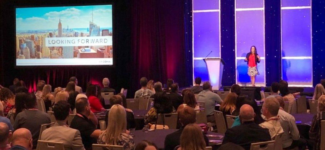 Invita Gobernador de Arizona a conferencia de turismo