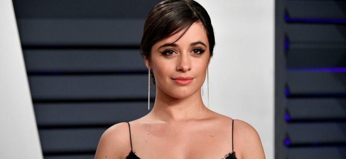 Camila Cabello critica los estándares de belleza poco realistas