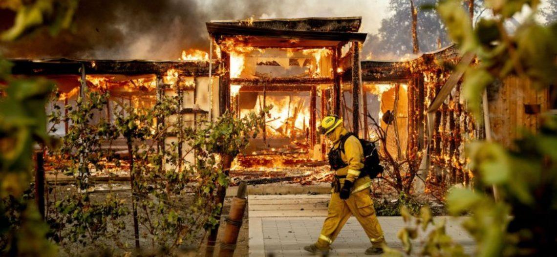 Gobernador de California declara estado de emergencia por incendio forestal